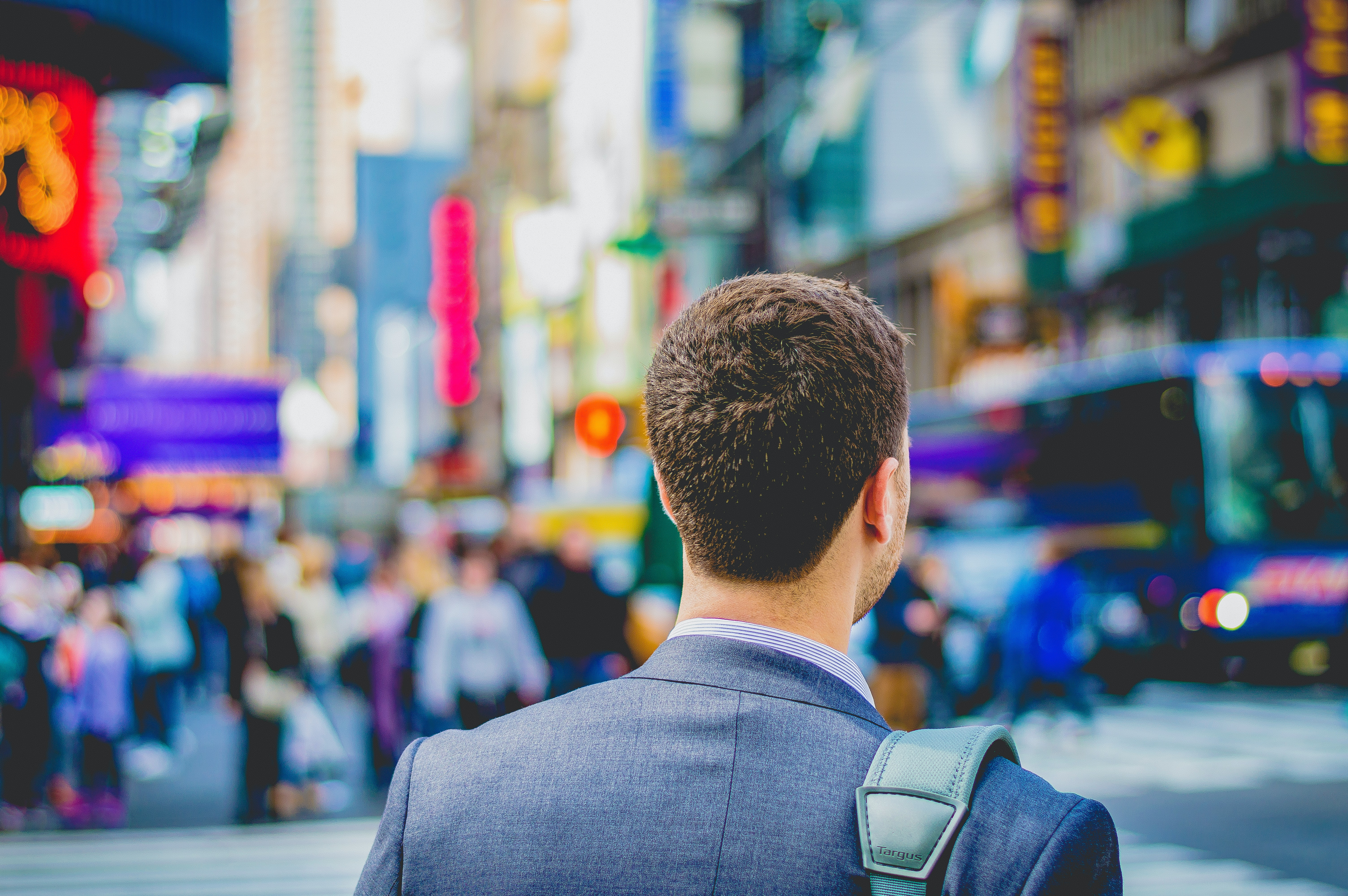 Considering a change of career direction? Here's why you should consider a contract role overseas